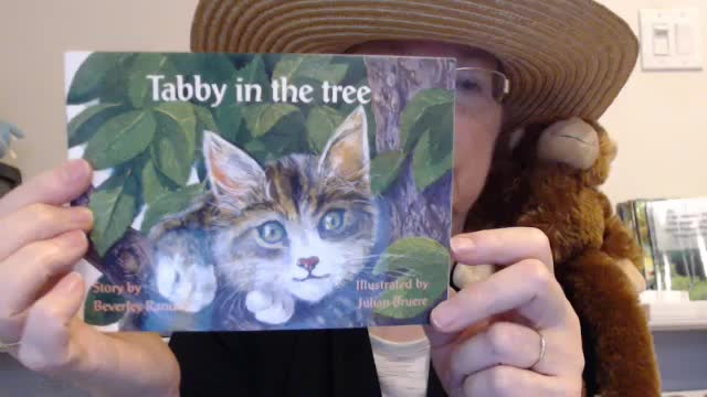 Tops the Monkey Presents...Short Read Aloud (Pre-K - 1st) Tabby in the Tree
