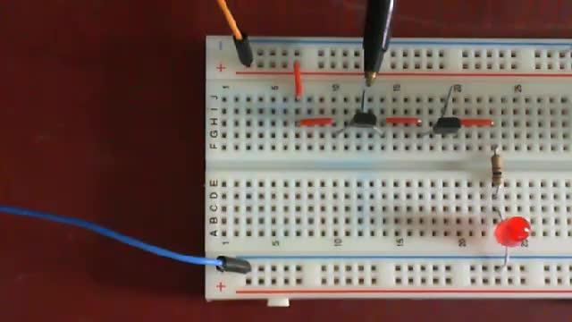 Logic gate testing (TTL chip)