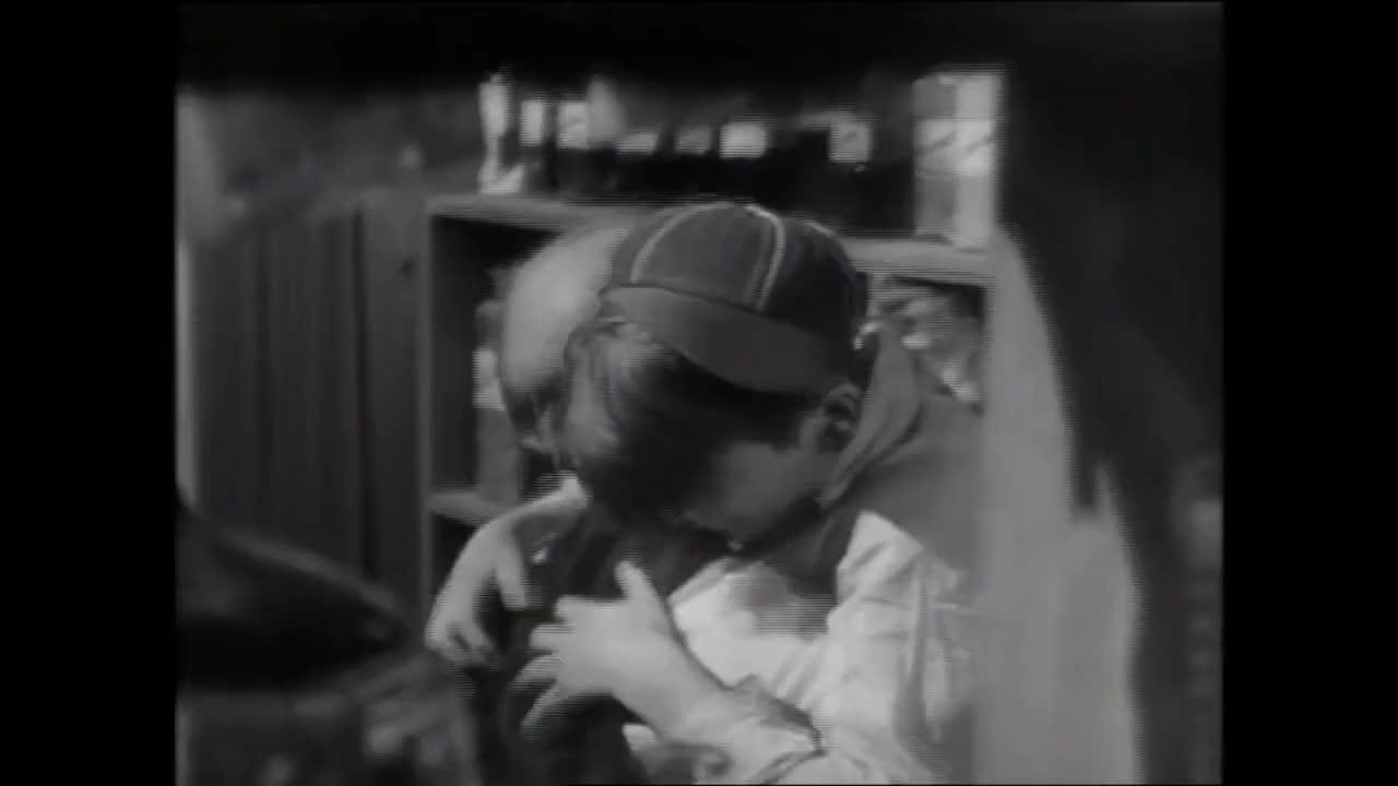 Film Analysis of Frank Capra's _It's a Wonderful LIfe_ (1946)