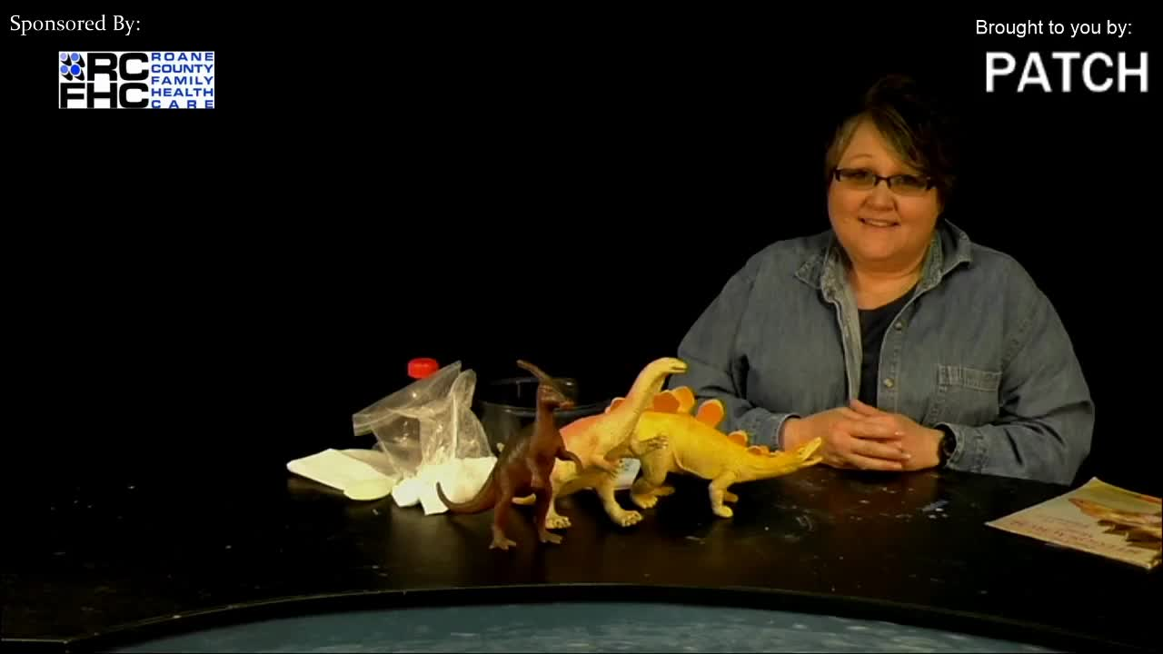 Lessons with Pam - Can I have a Stegosaurus mom_  Read, Make, and Do
