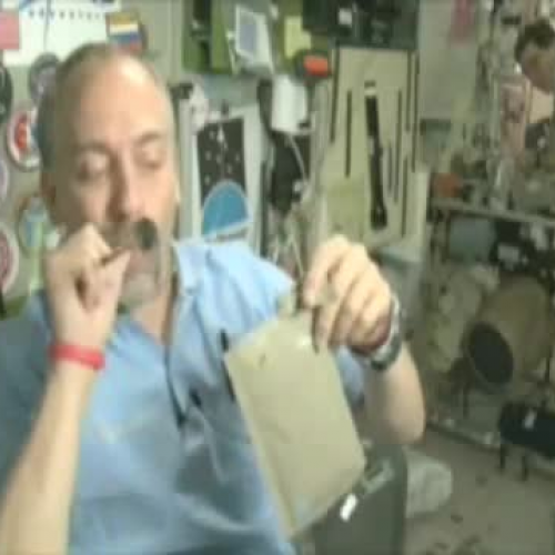 Eating in Space with Richard Garriott