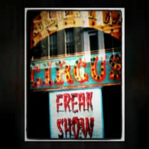 CIRQUE DU FREAK, by Darren Shan