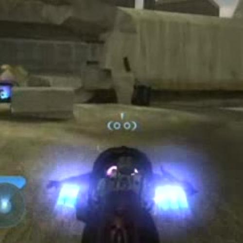 Halo 2 (Xbox) - Outskirts 0:05:01 - Speedrunner - Cody Miller